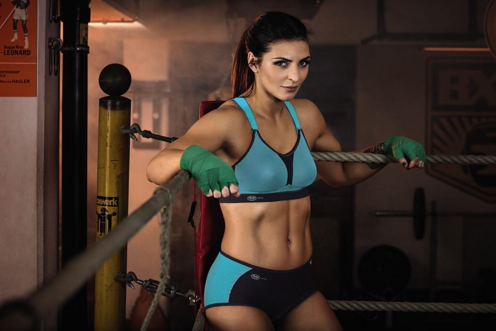 Vor einem Boxkampf ist Christina immer auf ihr Ziel fokussiert