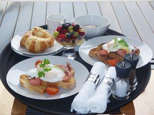 breakfast-1583257_1280