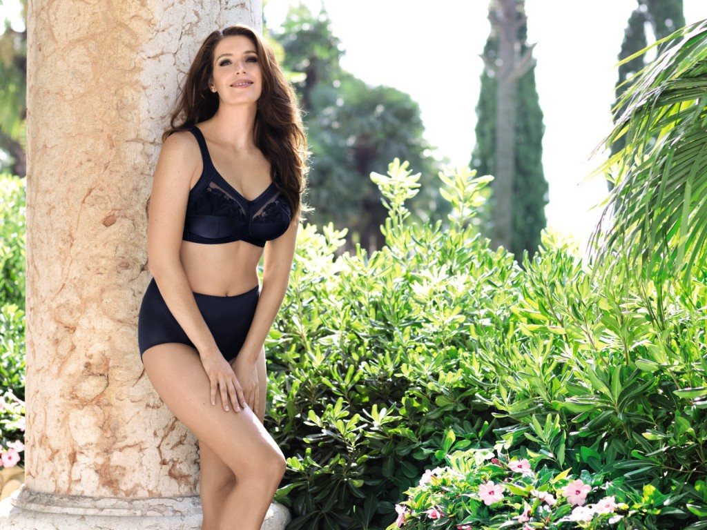Wire free bra Safina in blue has supportive broad straps and is the perfect choice of bra for women with lymphoedema.