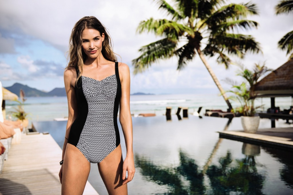 Beautiful black and white mastectomy swimming costume from Anita care with breast6 form pockets on both sides for secure swimming.