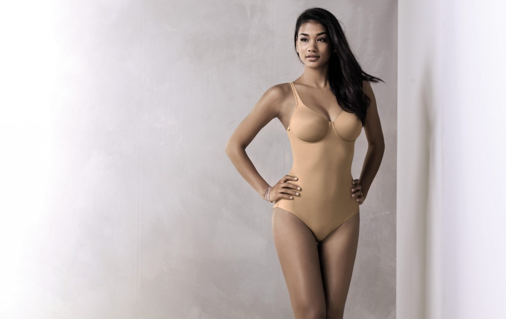 Underwire seamless body suit in a nude colour from Rosa Faia