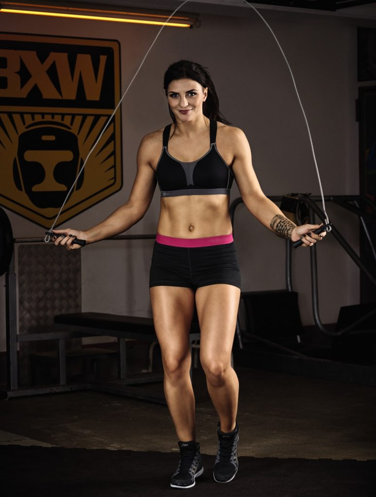 Boxing world champion Christina reveals her fitness program: Get in shape with rope skipping