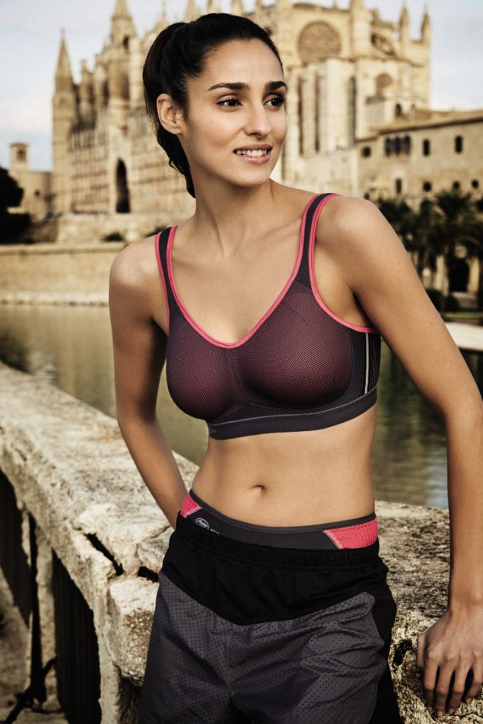 Air permeable sports bra with mesh in pink and grey from Anita active