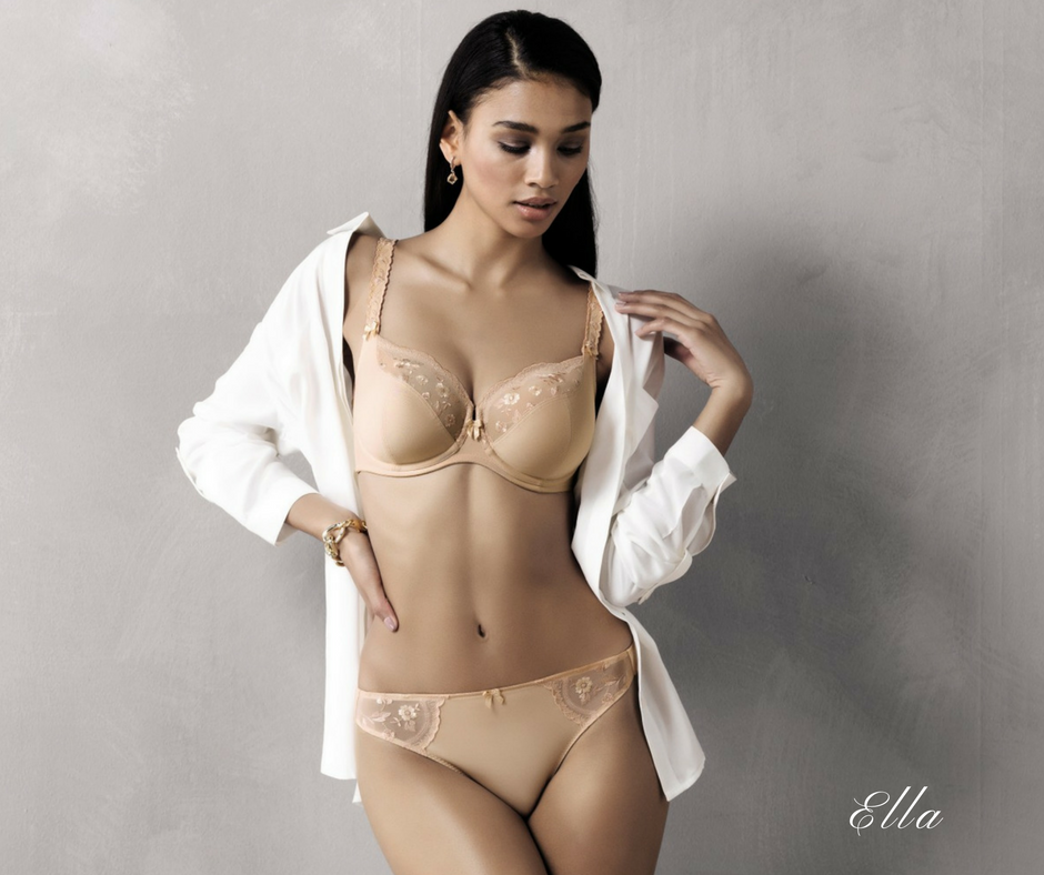 Ella underwire bra from Rosa Faia with lace details for large cups